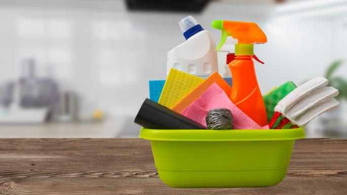Dangerous air pollution from cleaning products